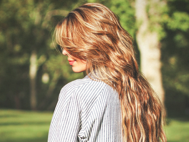 10 Science-Backed Ways Honey Is Good for Your Hair
