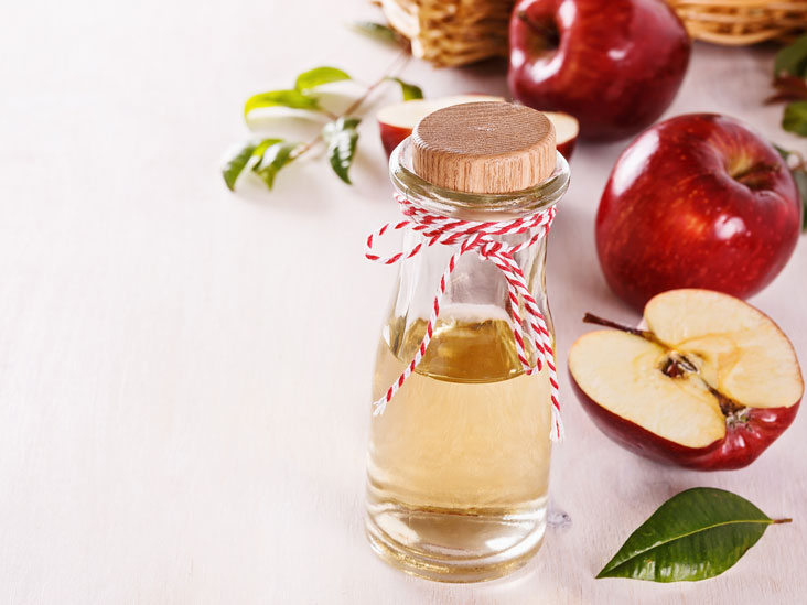 White Vinegar: Ingredients, Uses and Benefits