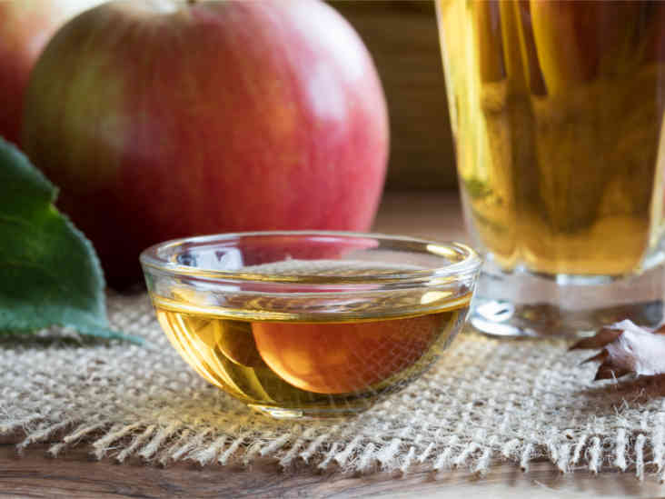 Apple Cider Vinegar Bath: Conditions It Helps and How to