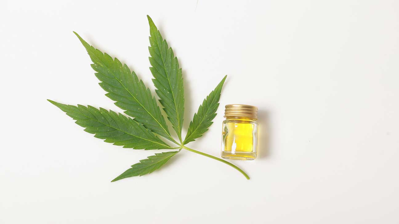 7 Benefits And Uses Of Cbd Oil Plus Side Effects