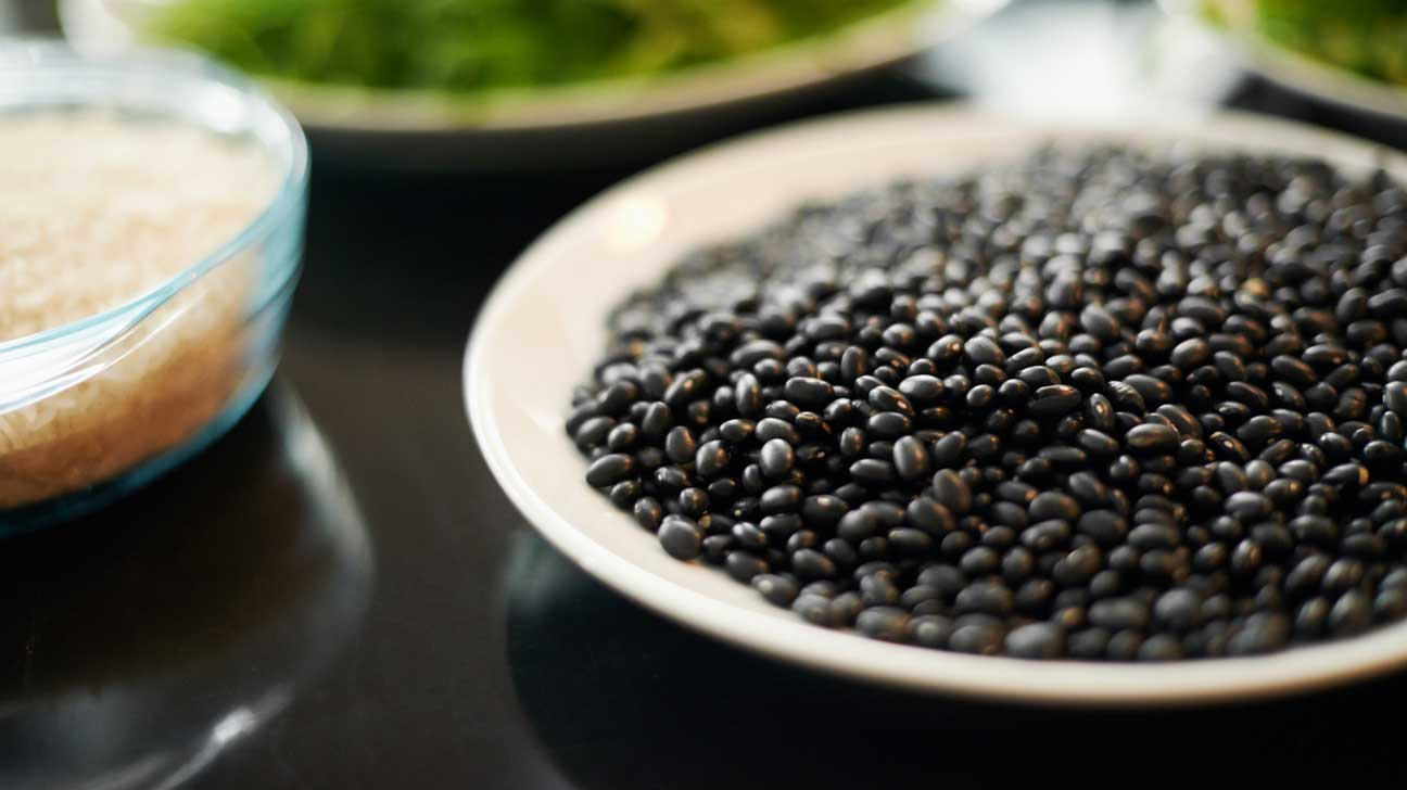 תוצאת תמונה עבור Fiber vitamin: why is it necessary? Vitamin: why is it necessary? foods high in soluble fiber 1296x728 feature