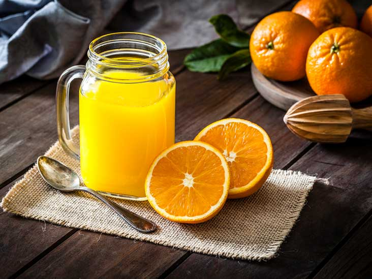 Juicing vs  Blending: Which Is Better for Losing Weight?