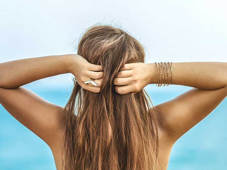 Dandruff: What Your Itchy Scalp Is Trying to Tell You