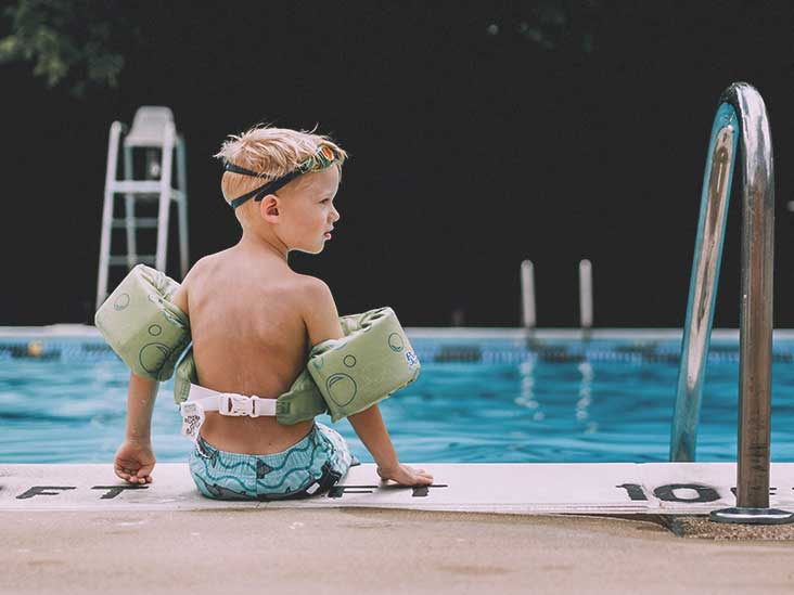 9d9e70a6fe Infant Swimming: What Are the Benefits?