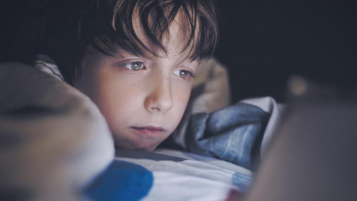 Top 5兒童專用抗藍光眼鏡推薦