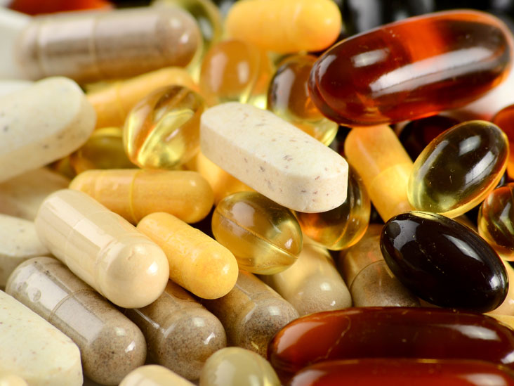 Do Vitamins Expire? Supplement Guidelines, Risks, and More