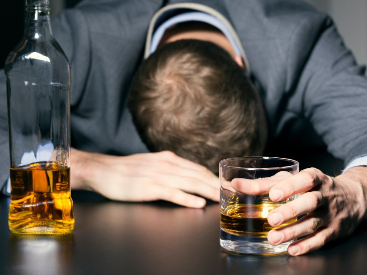 7 Evidence-Based Ways to Prevent Hangovers