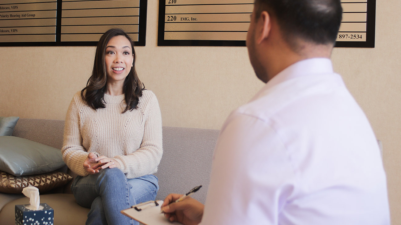 One Psychiatrist Discusses Her Own Experience in Therapy