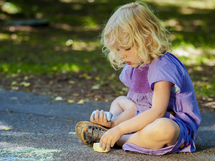 Signs of Autism in a 4-Year-Old: Symptoms, Diagnosis, and