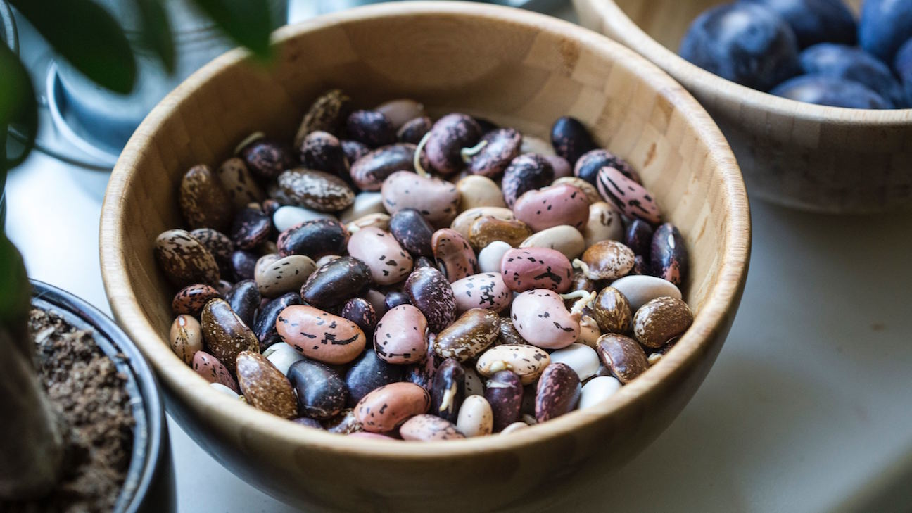 13 Foods That Boost Your Body's Natural Collagen Production