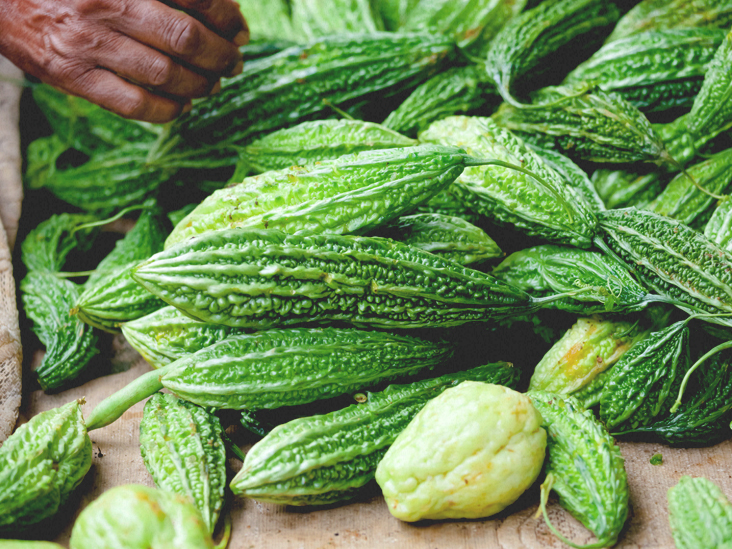6 Benefits of Bitter Melon (Bitter Gourd) and Its Extract