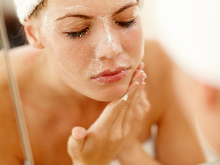 Enlarged Nose Pores: How to Unclog, Clean, and Shrink Them