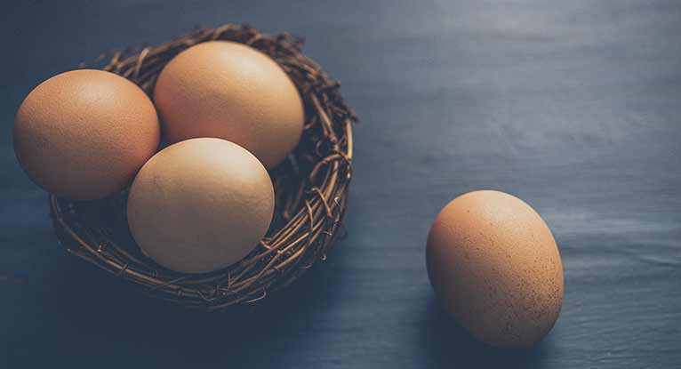 5 Simple Ways to Tell If an Egg Is Good or Bad